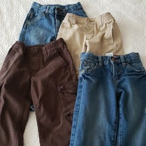 4 Pairs Boys 3T Pants in Excellent Used Condition